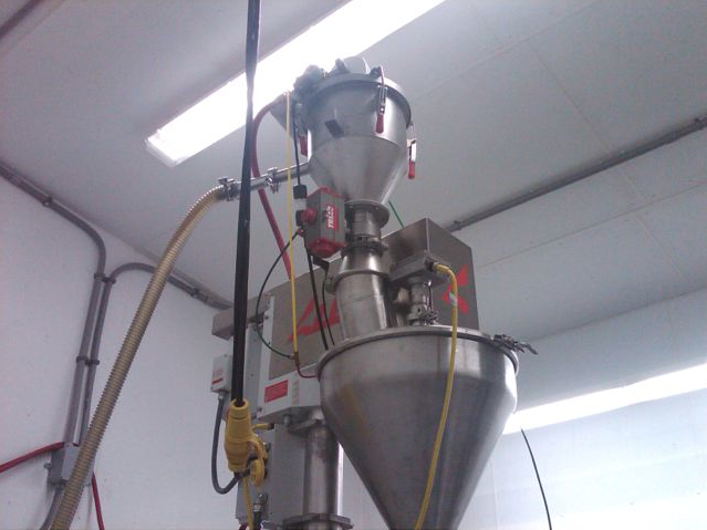 VAC-U-MAX custom pneumatic conveying system