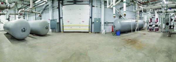 Compressed Air Storage Tanks
