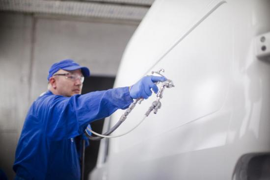 Nissan Spray finishing